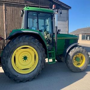 Tractor 100PK